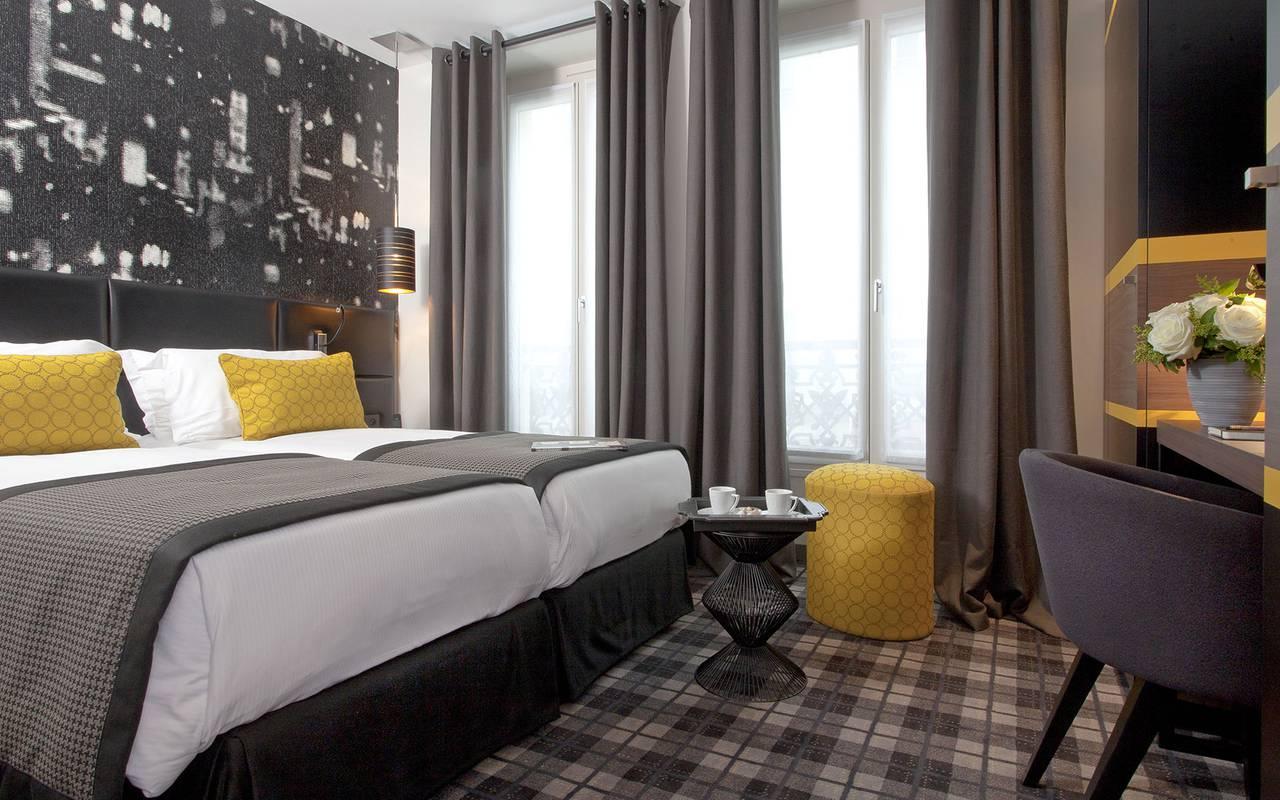 chambre d 39 hotel paris superior twin le grey hotel. Black Bedroom Furniture Sets. Home Design Ideas