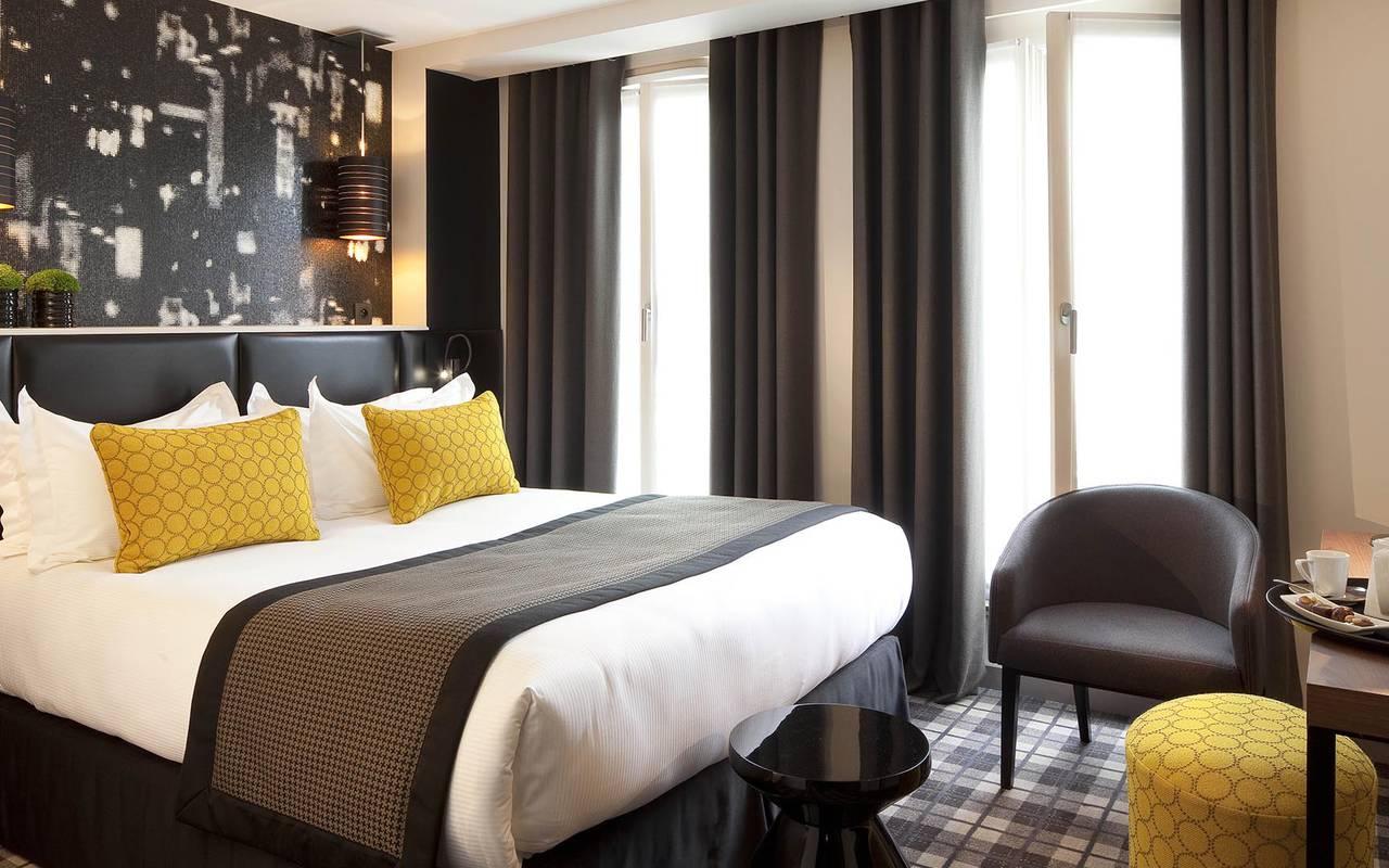 Oreiller jaune Hotel Paris Opera