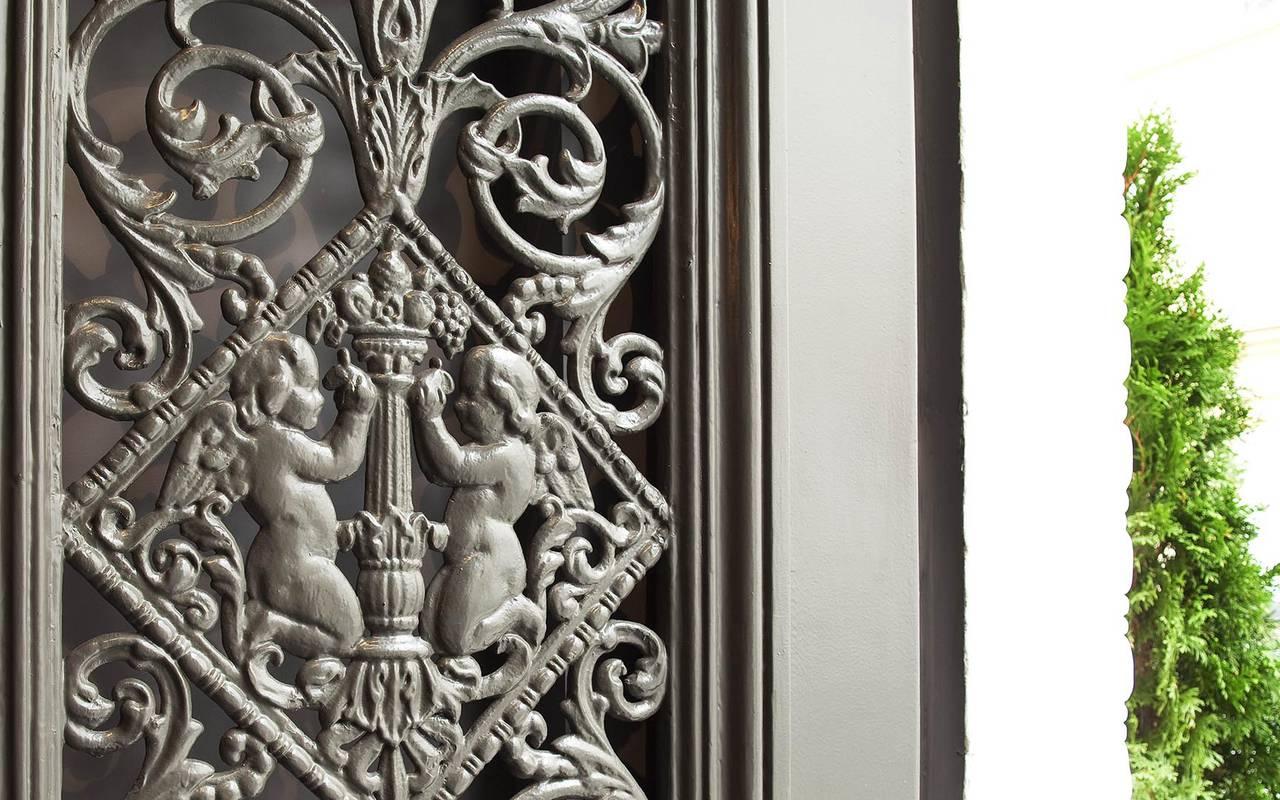 Porte de l'hôtel Montmartre Hotels