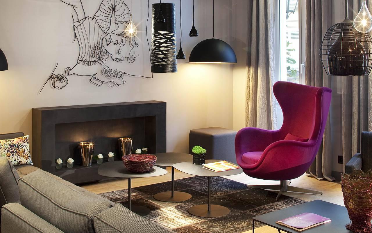Salon spacieux Montmartre Hotels