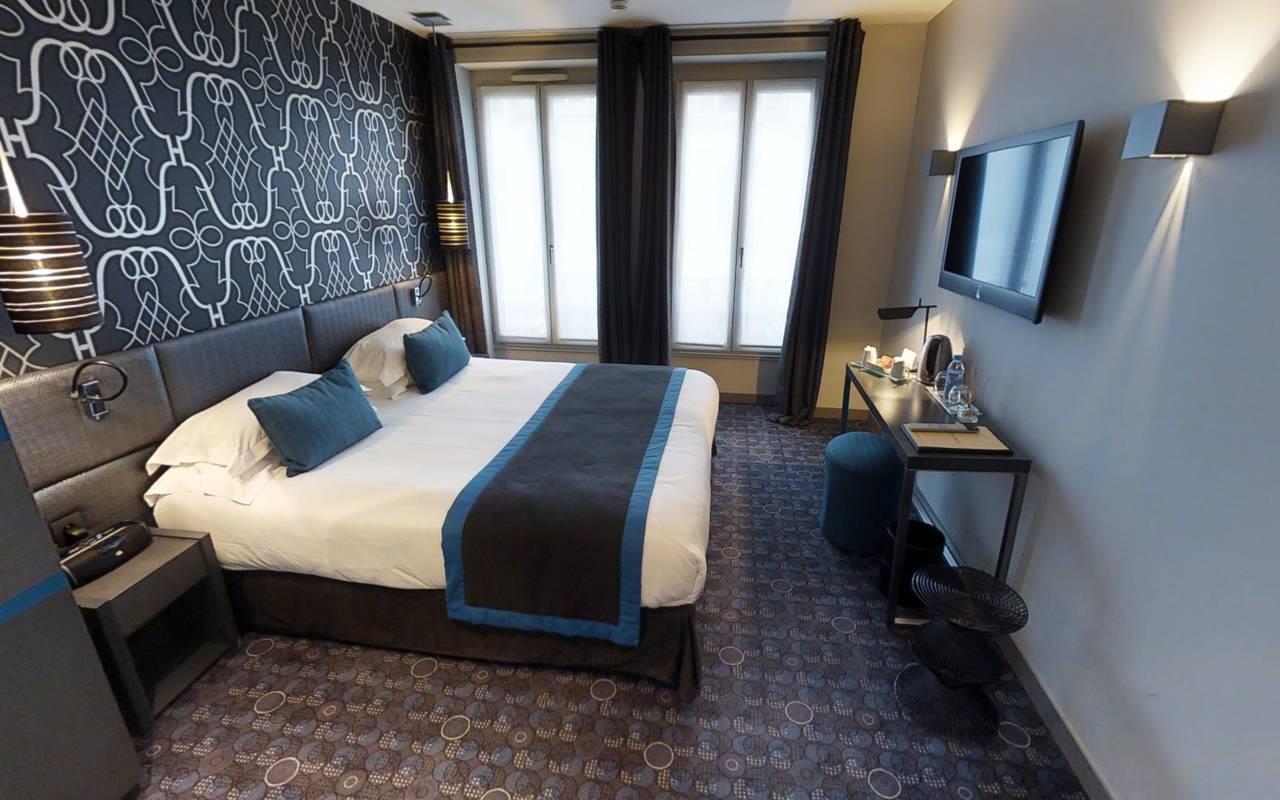 Chambre décorée en bleu Hotel Paris 9ème arrondissement