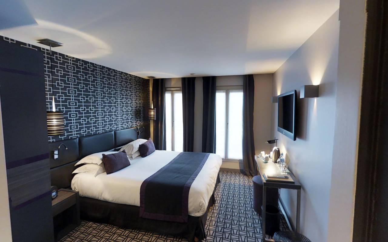 Chambre double bleue spacieuse Hotel Paris 9ème arrondissement